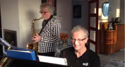 Combo Monnickenwerk: Mol, piano en Fred Goris, saxofoon